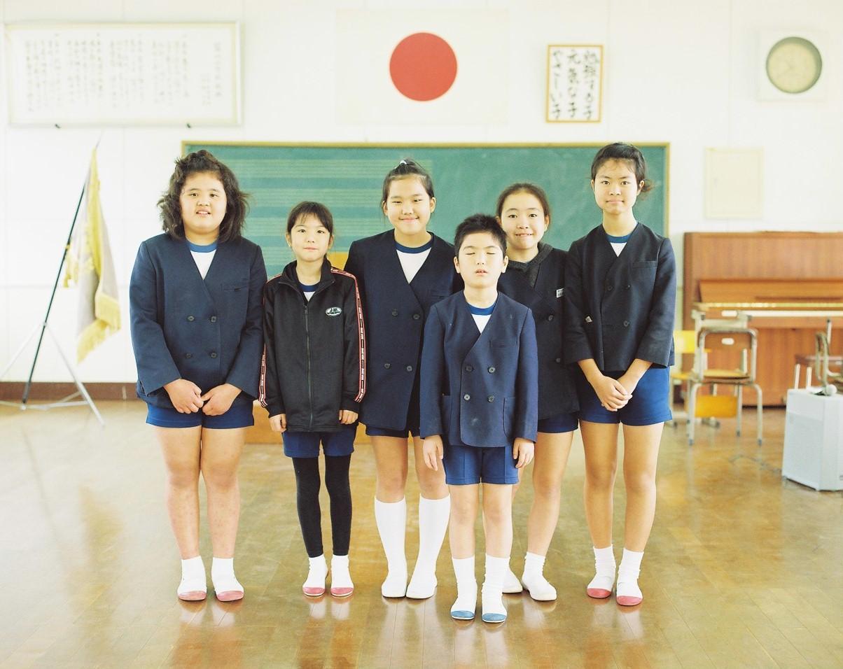 奄美大島は加計呂麻島の小学校の卒業式